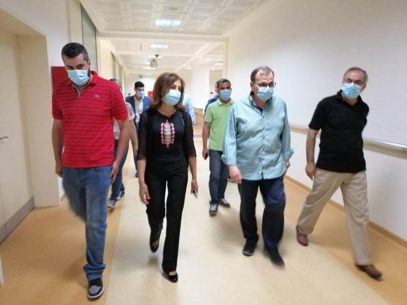 """...في """"المستشفى التركي"""" 180"""" مواطن تلقوا اللقاح حتى عصر اليوم السبت."""