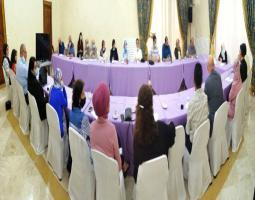 """""""تحديات انطلاقة العام الدراسي"""" خلال اجتماع عقدته الحريري مع """"شبكة صيدا المدرسية"""""""